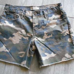 GAP Camo Shorts 29